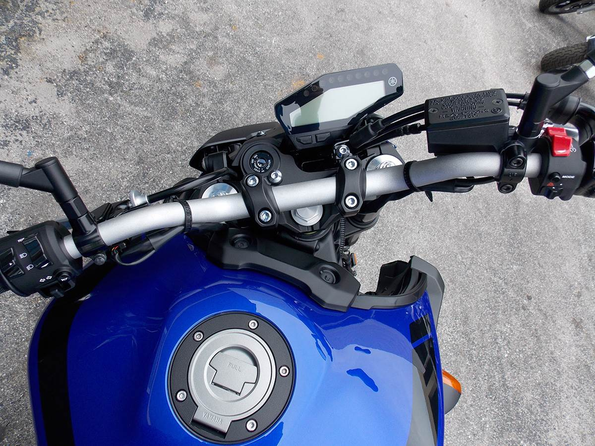 2019 Yamaha MT-09 in Clearwater, Florida - Photo 9