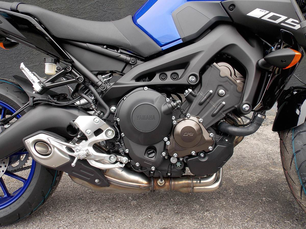 2019 Yamaha MT-09 in Clearwater, Florida - Photo 10