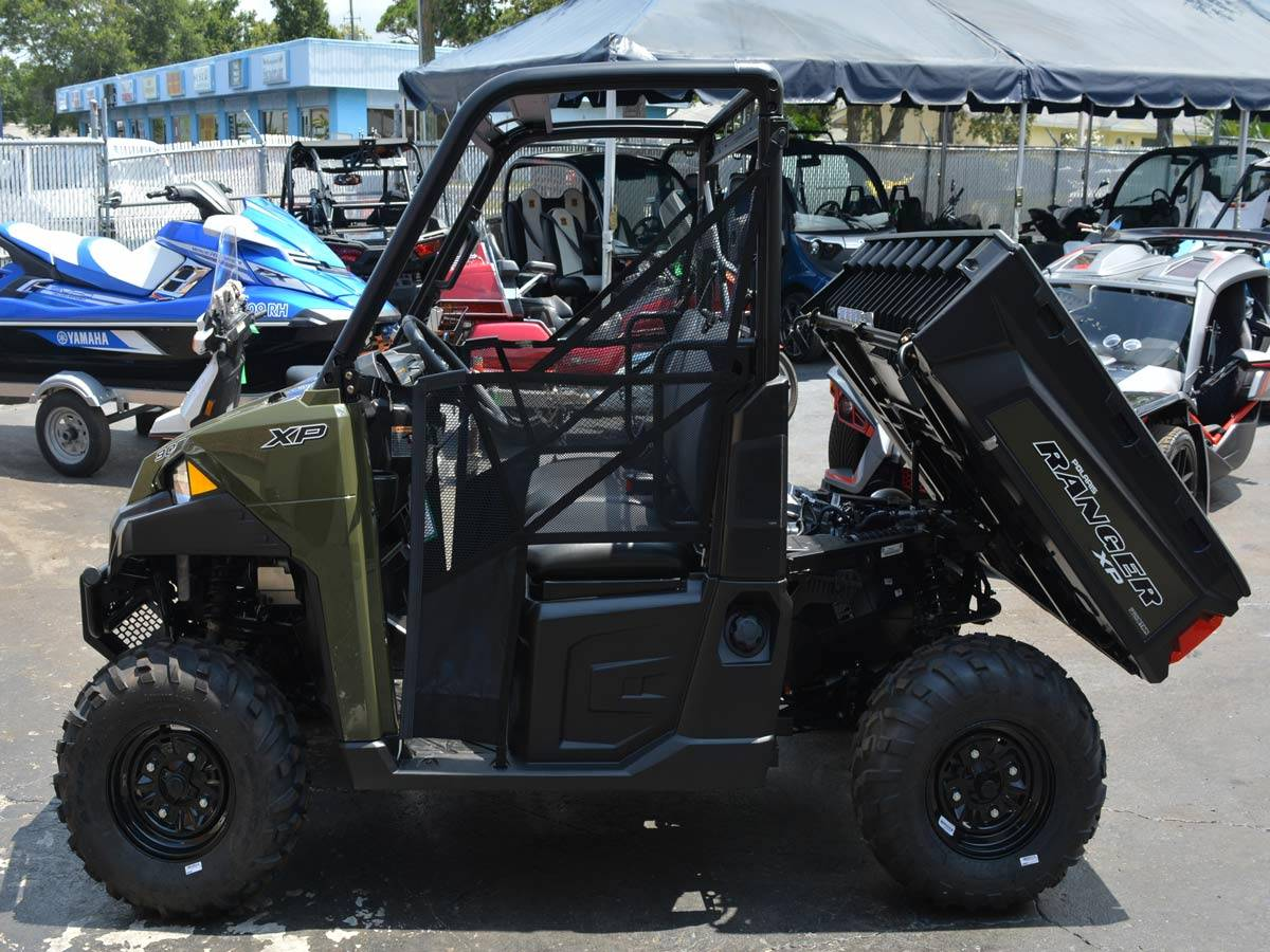 2019 Polaris Ranger XP 900 EPS in Clearwater, Florida - Photo 4