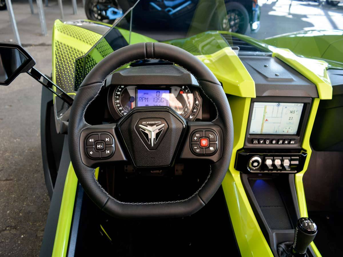 2021 Slingshot R Limited Edition in Clearwater, Florida - Photo 9