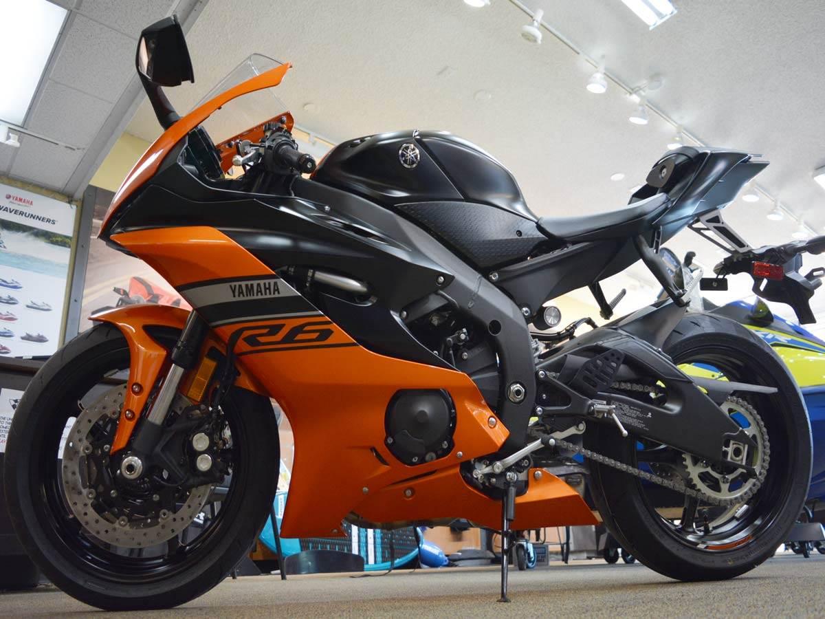 2020 Yamaha YZF-R6 2