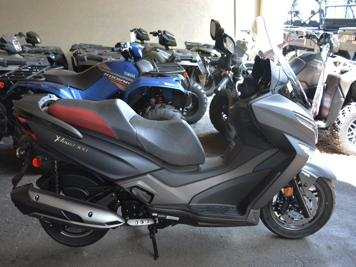 2019 Kymco X-Town 300i ABS in Clearwater, Florida - Photo 2