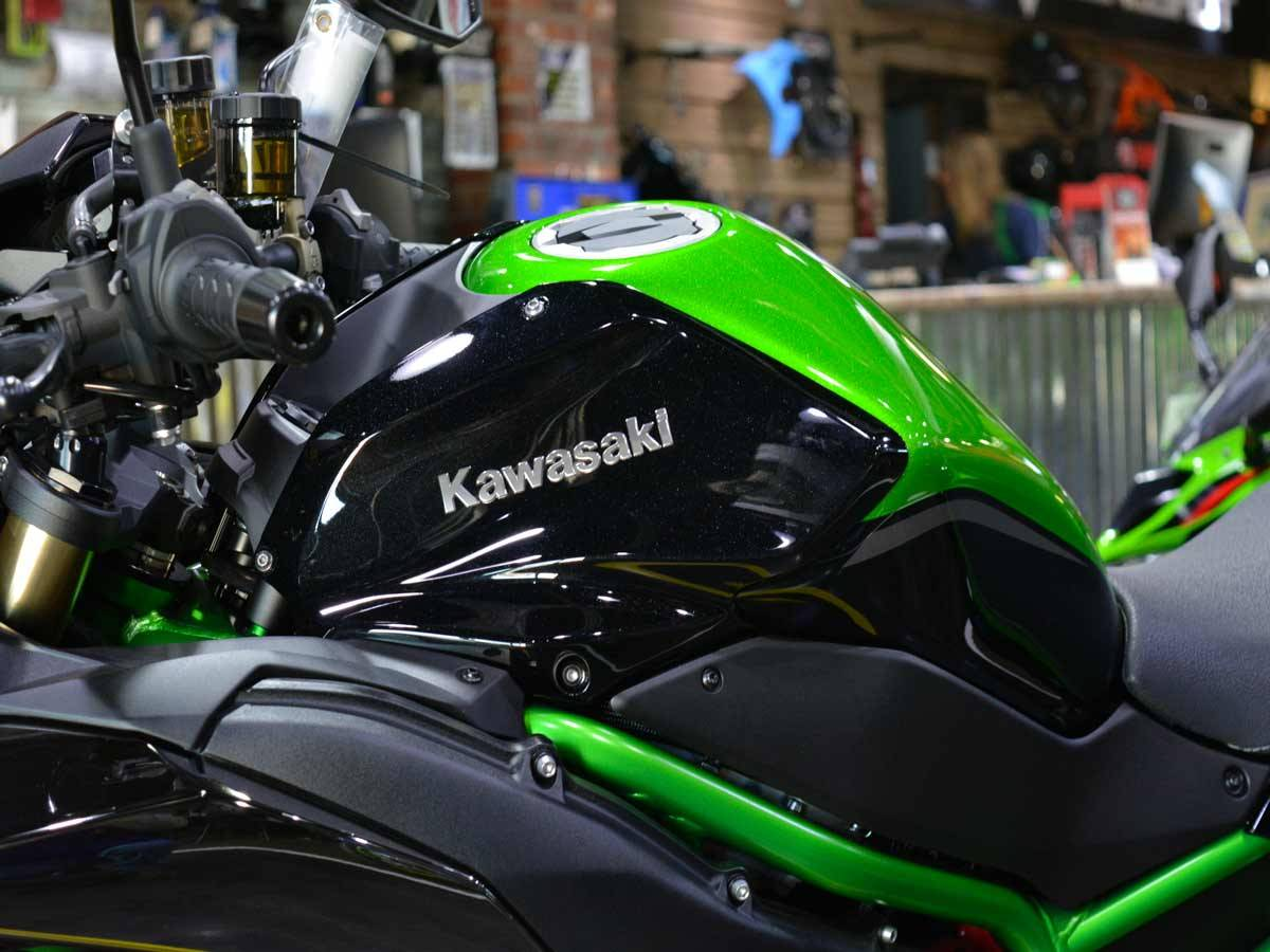 2021 Kawasaki Z H2 SE in Clearwater, Florida - Photo 16