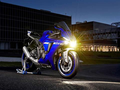 2021 Yamaha YZF-R1 in Clearwater, Florida - Photo 9
