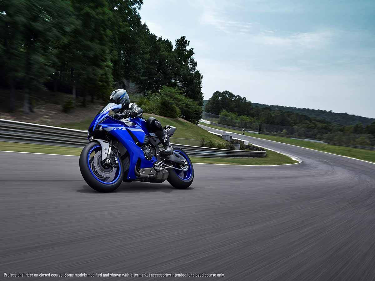 2021 Yamaha YZF-R1 in Clearwater, Florida - Photo 26