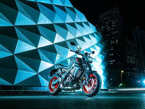 2021 Yamaha MT-09 in Clearwater, Florida - Photo 7