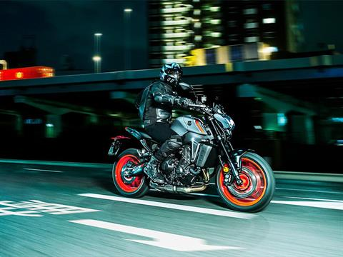 2021 Yamaha MT-09 in Clearwater, Florida - Photo 12