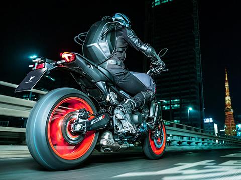 2021 Yamaha MT-09 in Clearwater, Florida - Photo 13