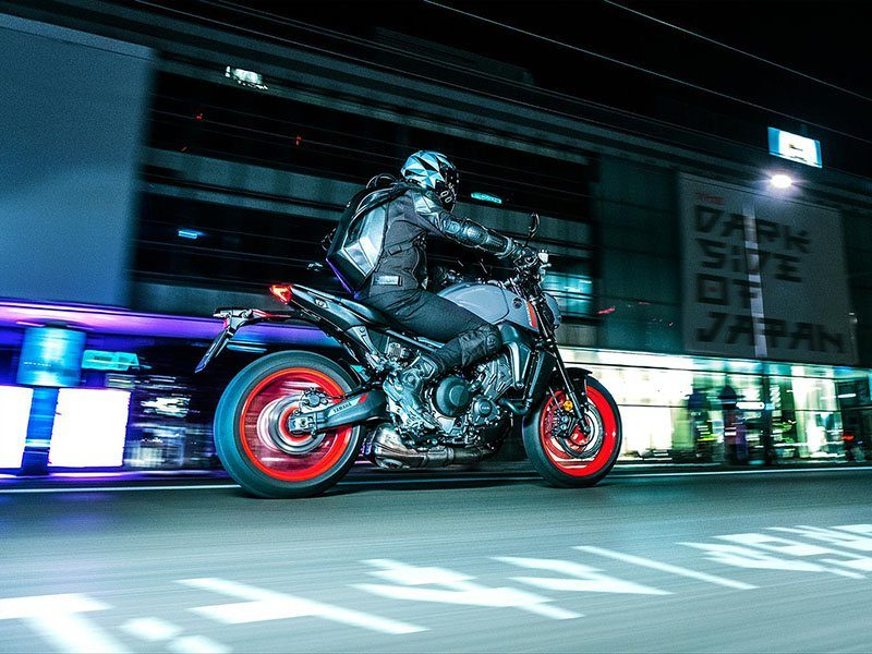 2021 Yamaha MT-09 in Clearwater, Florida - Photo 14