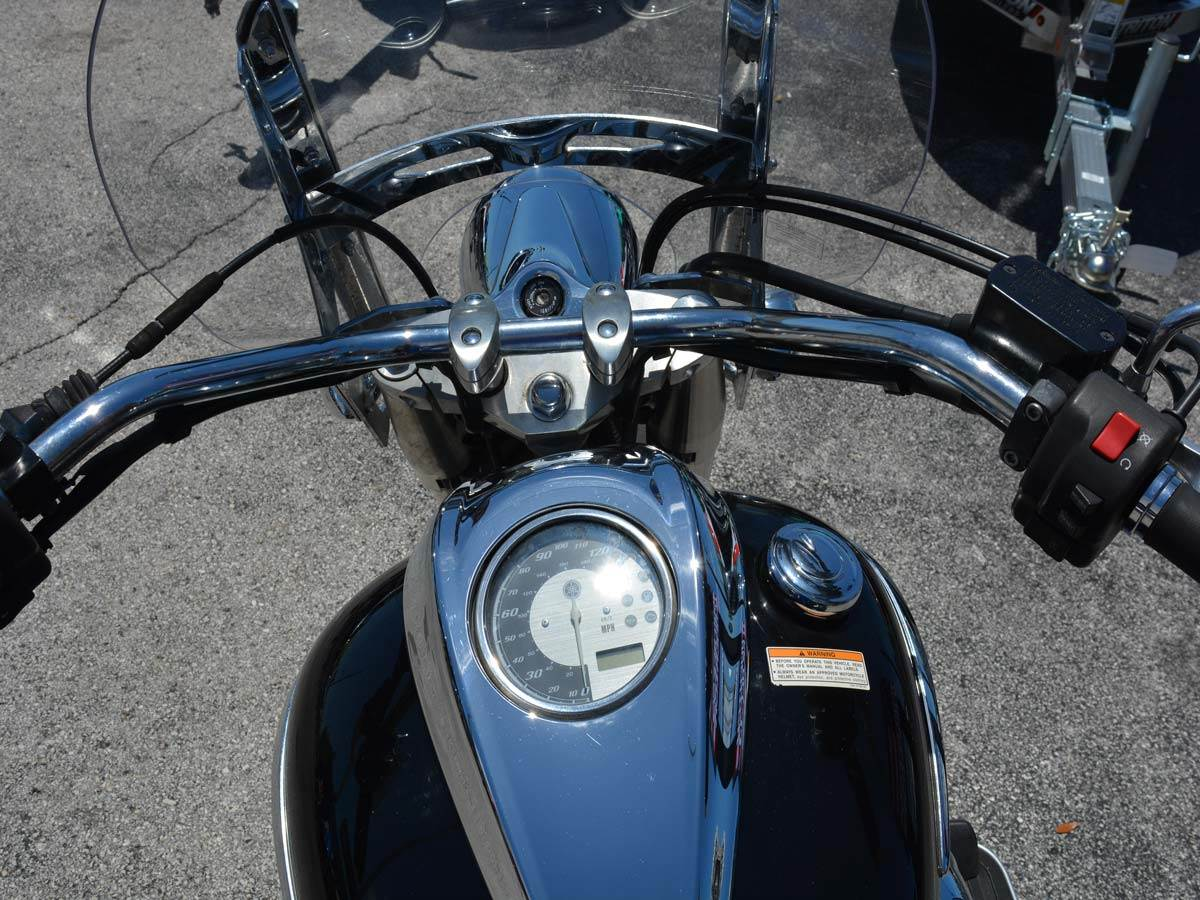 2014 Yamaha V Star 950 Tourer in Clearwater, Florida - Photo 11