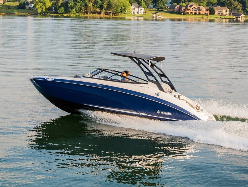 2017 Yamaha 242 Limited S in Clearwater, Florida