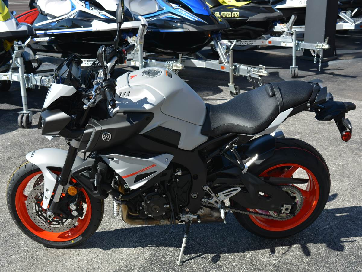2019 Yamaha MT-10 1