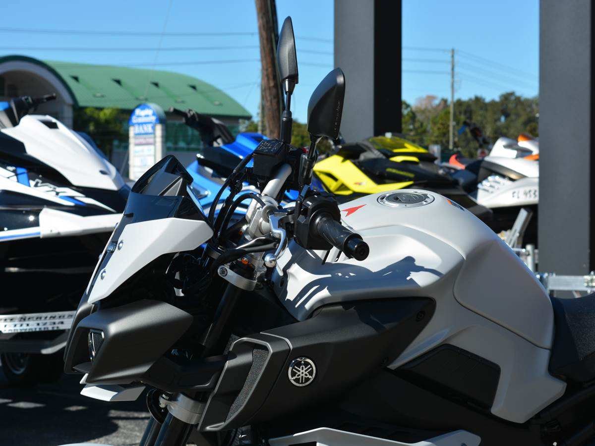 2019 Yamaha MT-10 4