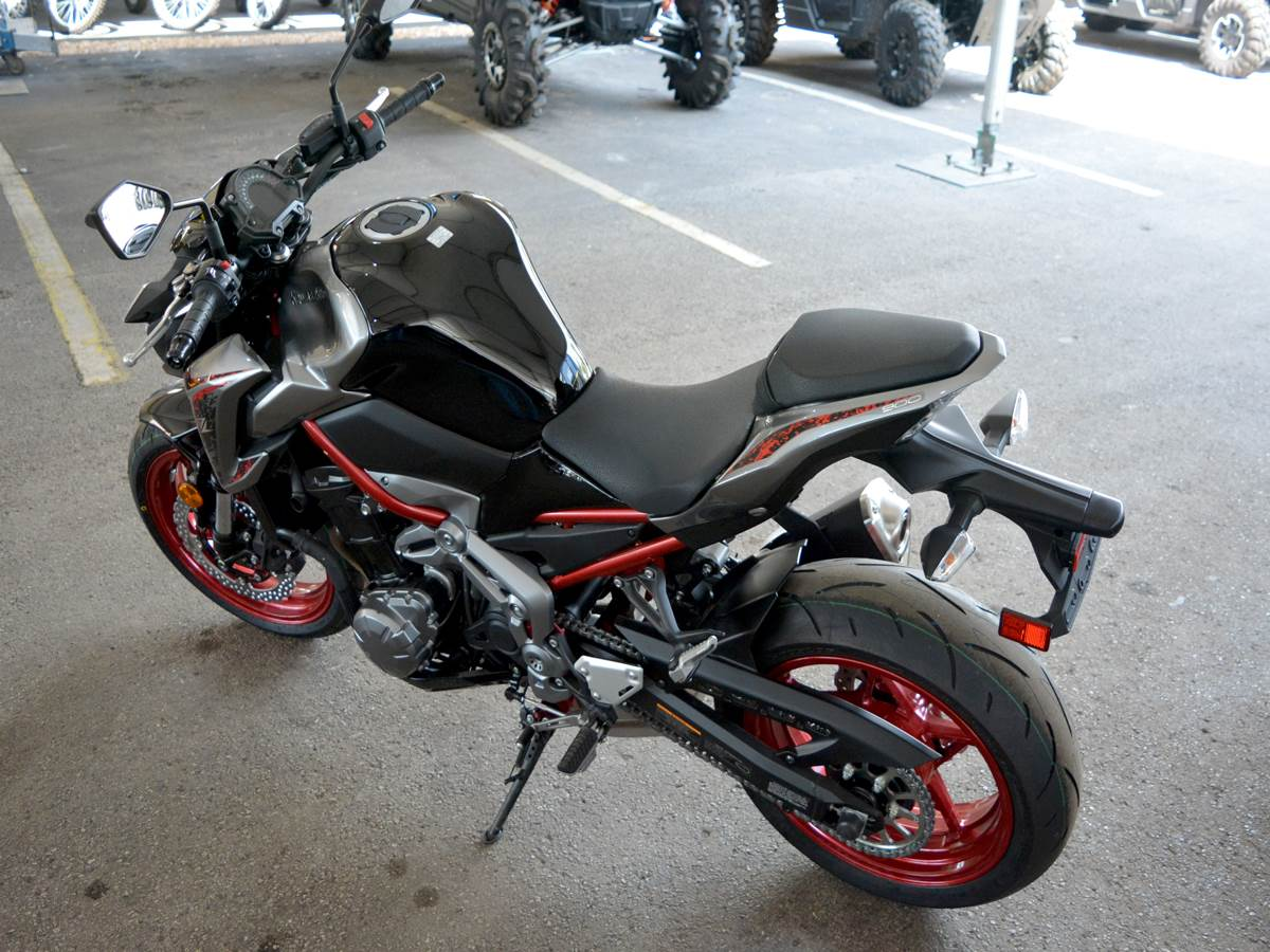 2019 Kawasaki Z900 ABS in Clearwater, Florida - Photo 12