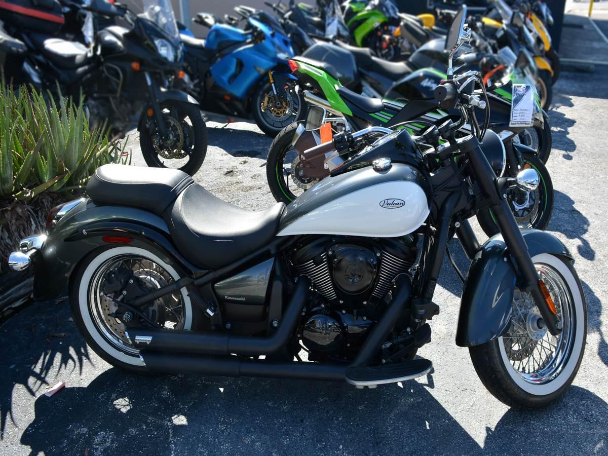 New 2012 Kawasaki Vulcan® 900 Classic Motorcycles in Clearwater, FL ...