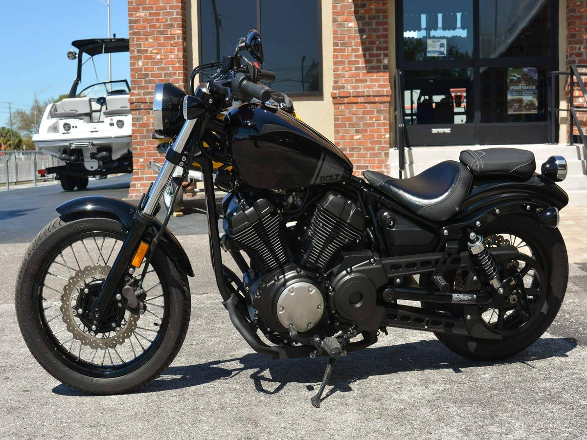 2017 Yamaha Bolt in Clearwater, Florida - Photo 2