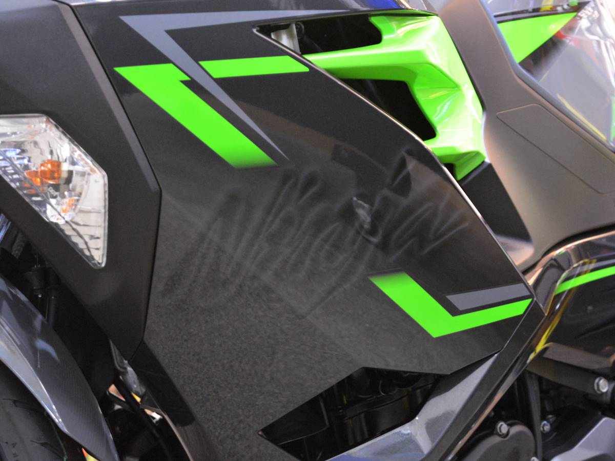 2019 Kawasaki Ninja 400 ABS in Clearwater, Florida - Photo 15