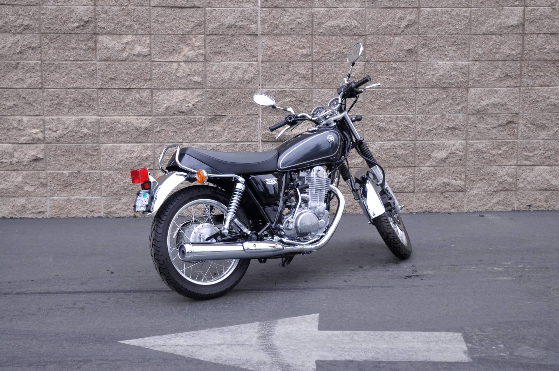 2015 Yamaha SR400 in Roseville, California