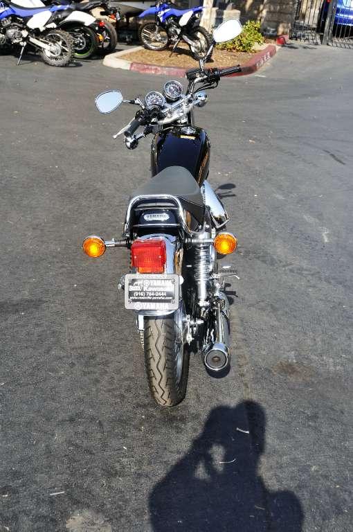 2016 Yamaha SR400 in Roseville, California