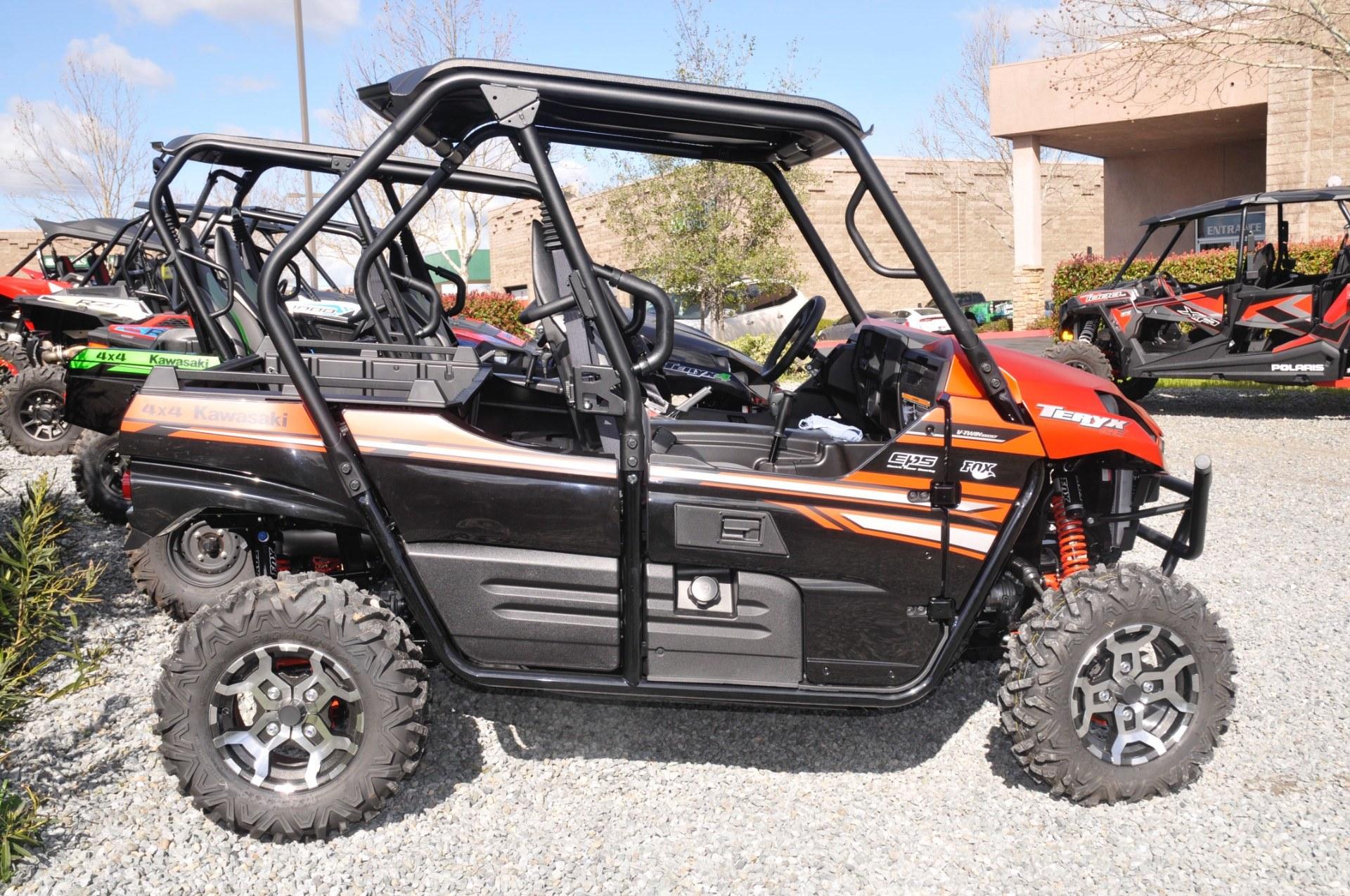 2017 Kawasaki Teryx LE in Roseville, California