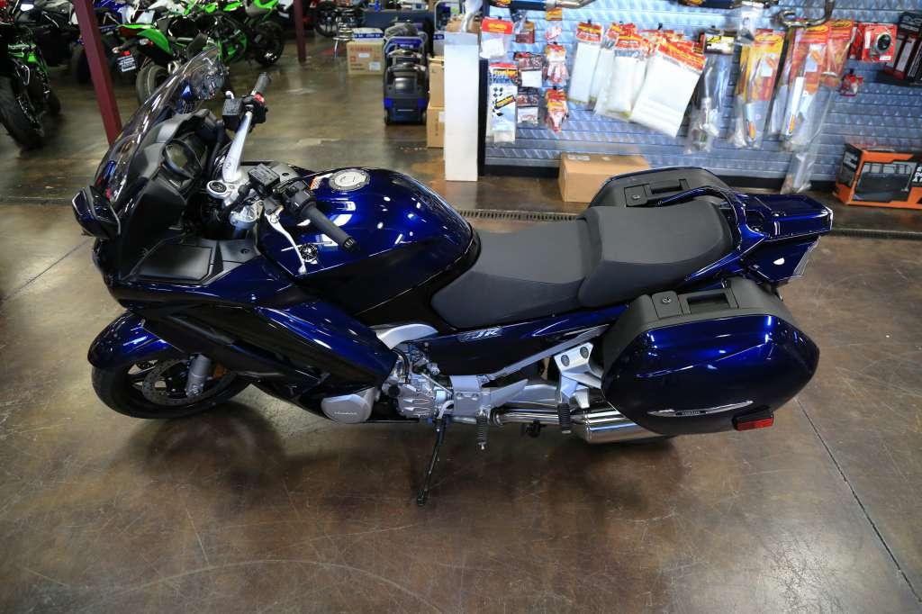 2016 Yamaha FJR1300A in Roseville, California