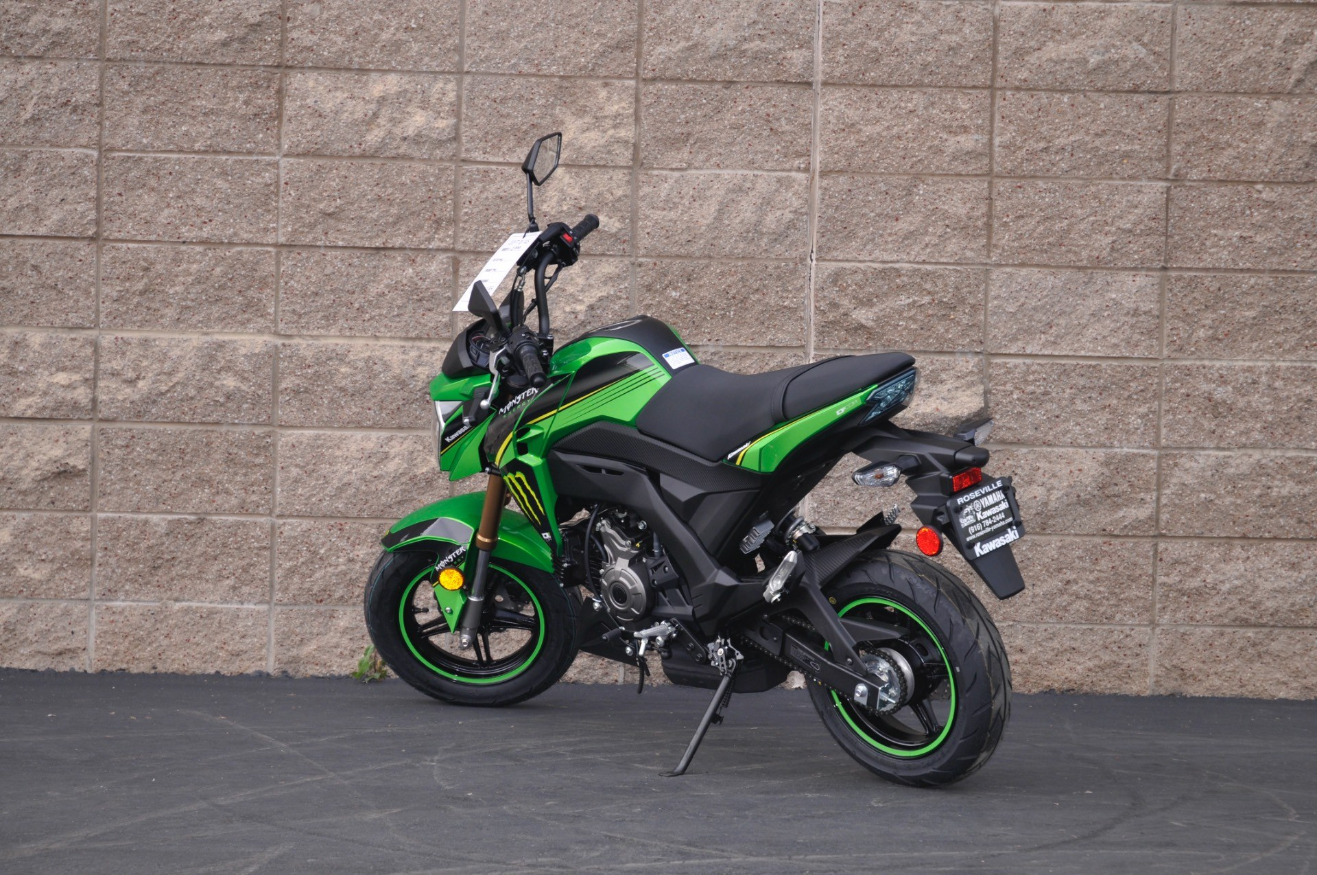 2017 Kawasaki Z125 Pro in Roseville, California