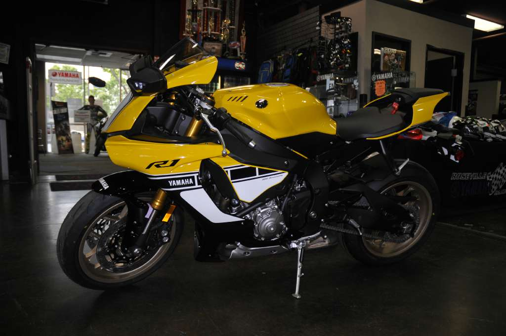 2016 Yamaha YZF-R1 60th Anniversary Yellow in Roseville, California
