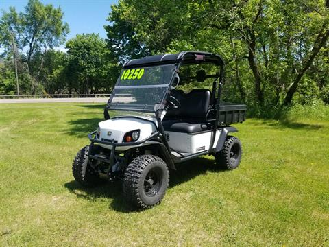2017 Cushman Hauler 4X4 Gas in Binghamton, New York - Photo 1