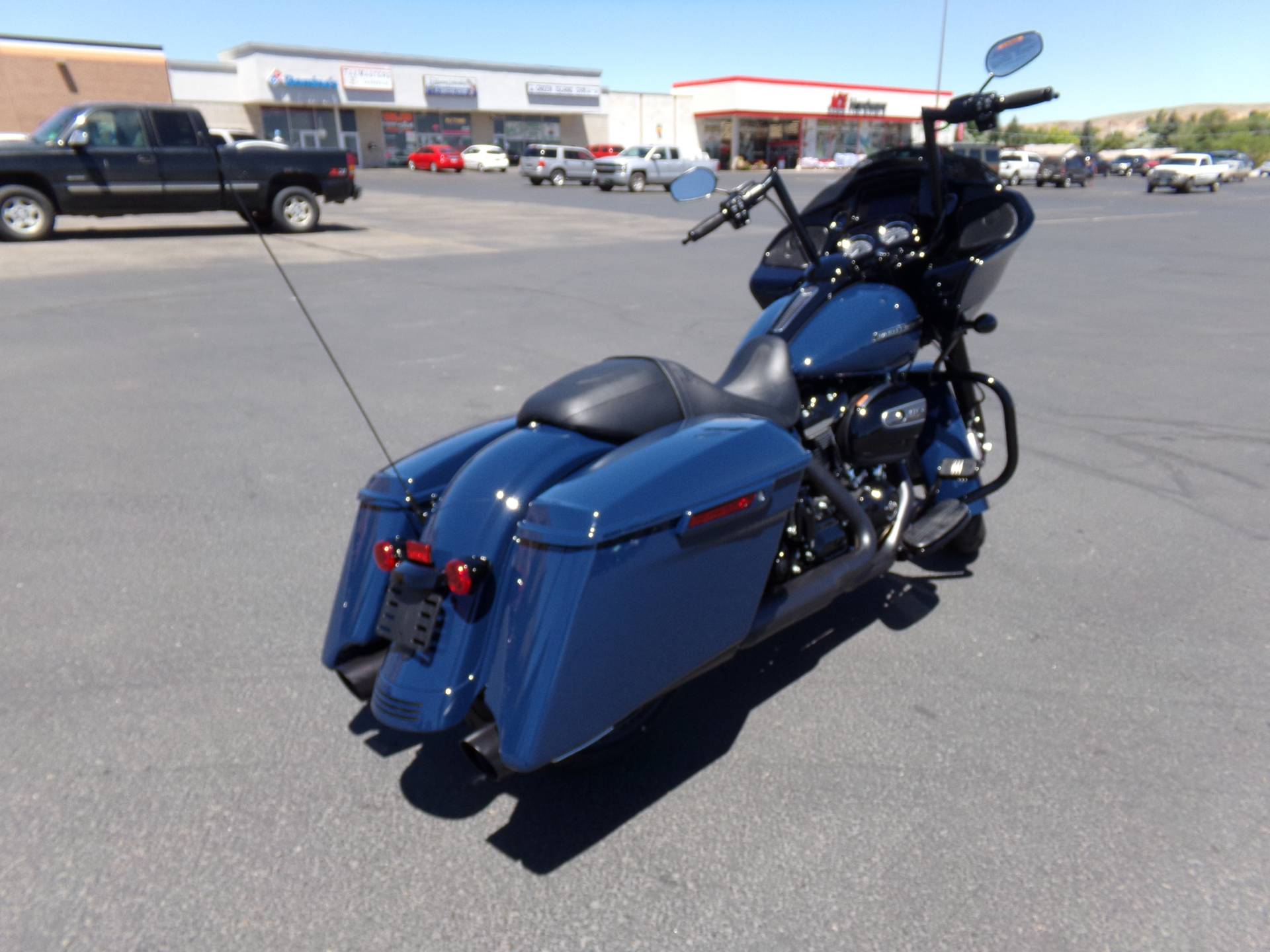 2019 Harley-Davidson Road Glide® Special in Green River, Wyoming - Photo 2