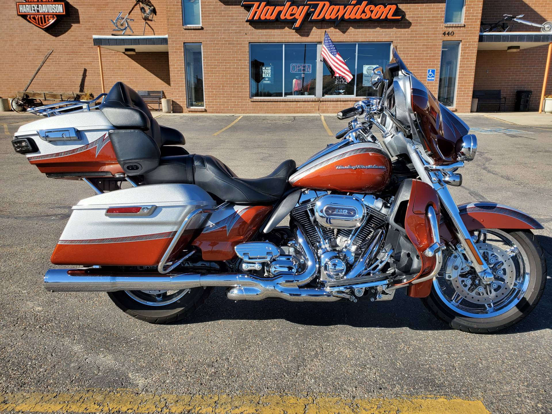 2014 Harley-Davidson CVO™ Limited in Green River, Wyoming - Photo 2