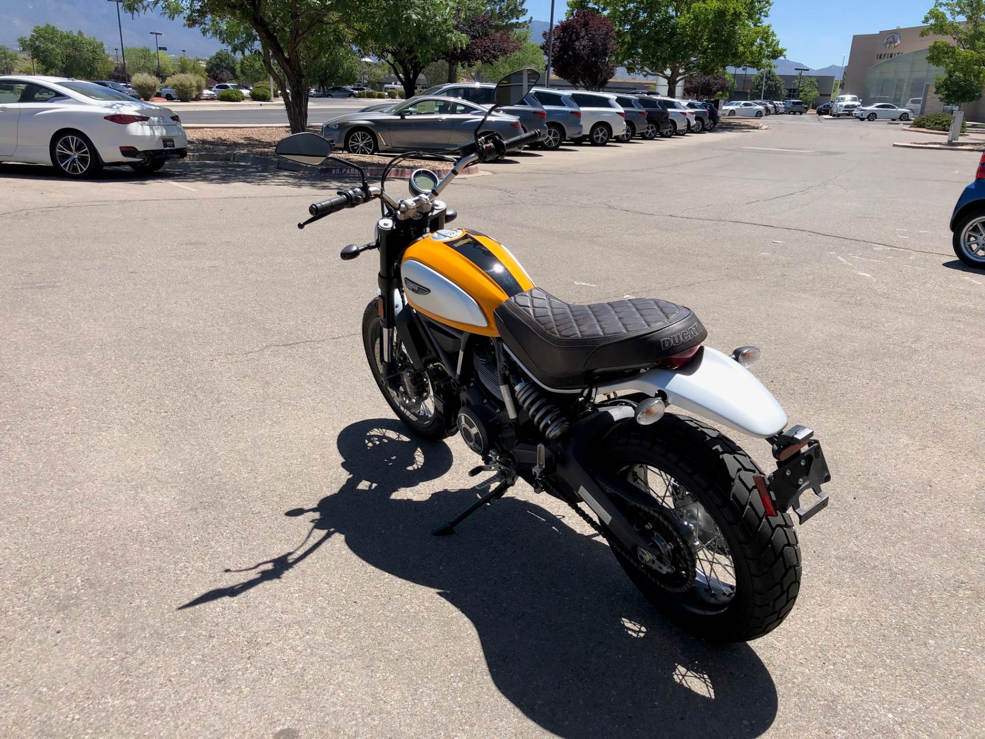 2016 Ducati Scrambler Classic in Albuquerque, New Mexico - Photo 4