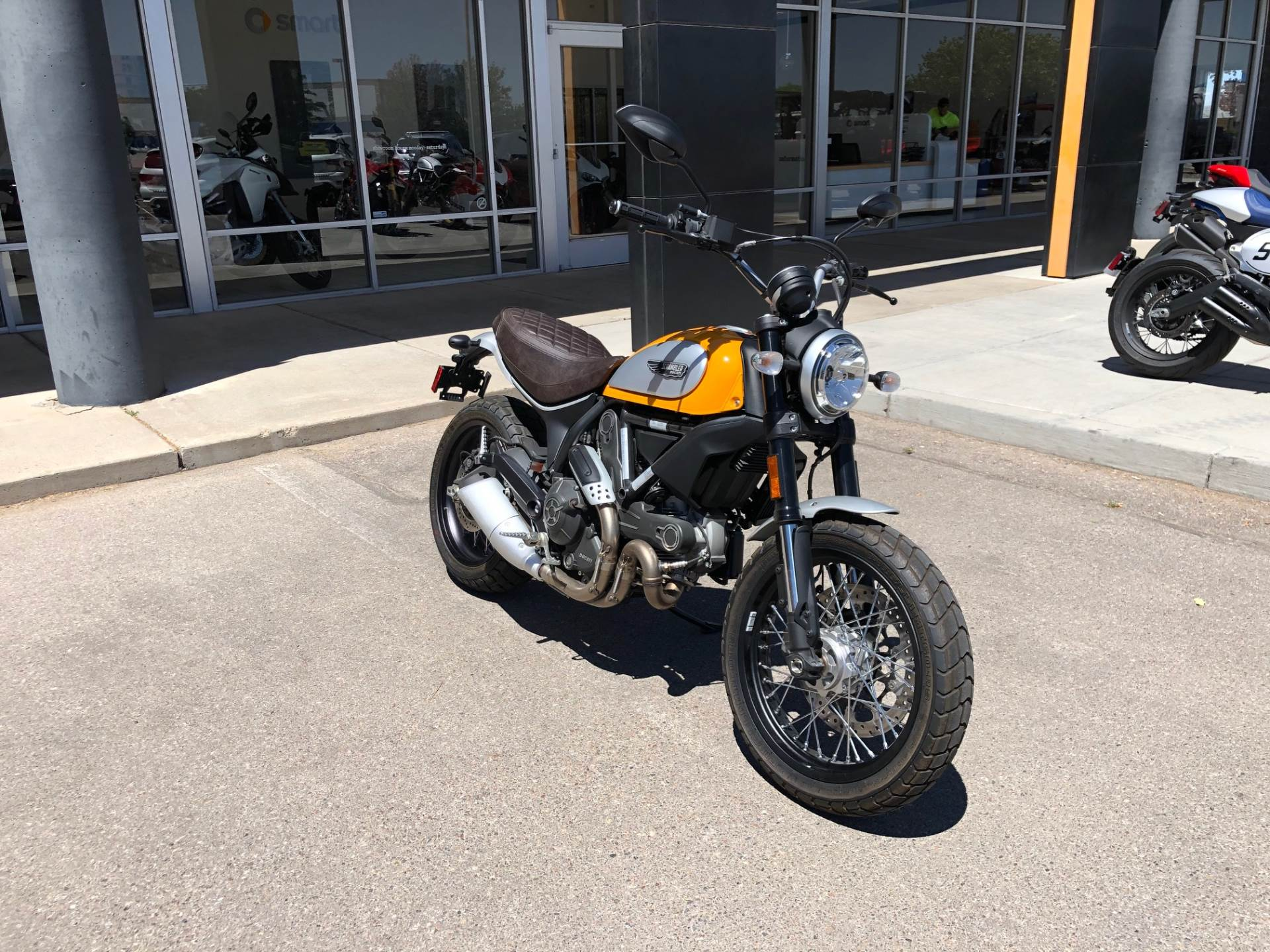 2016 Ducati Scrambler Classic in Albuquerque, New Mexico - Photo 8