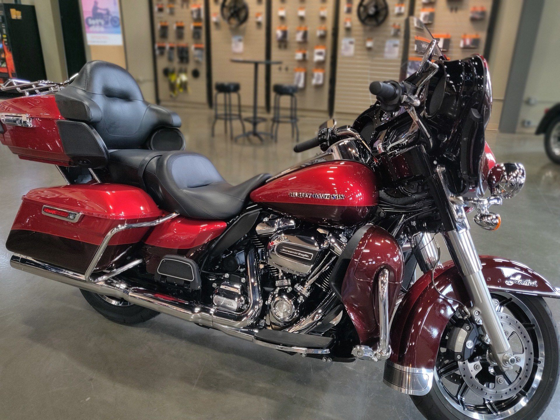 2018 Harley-Davidson Ultra Limited in Faribault, Minnesota - Photo 1