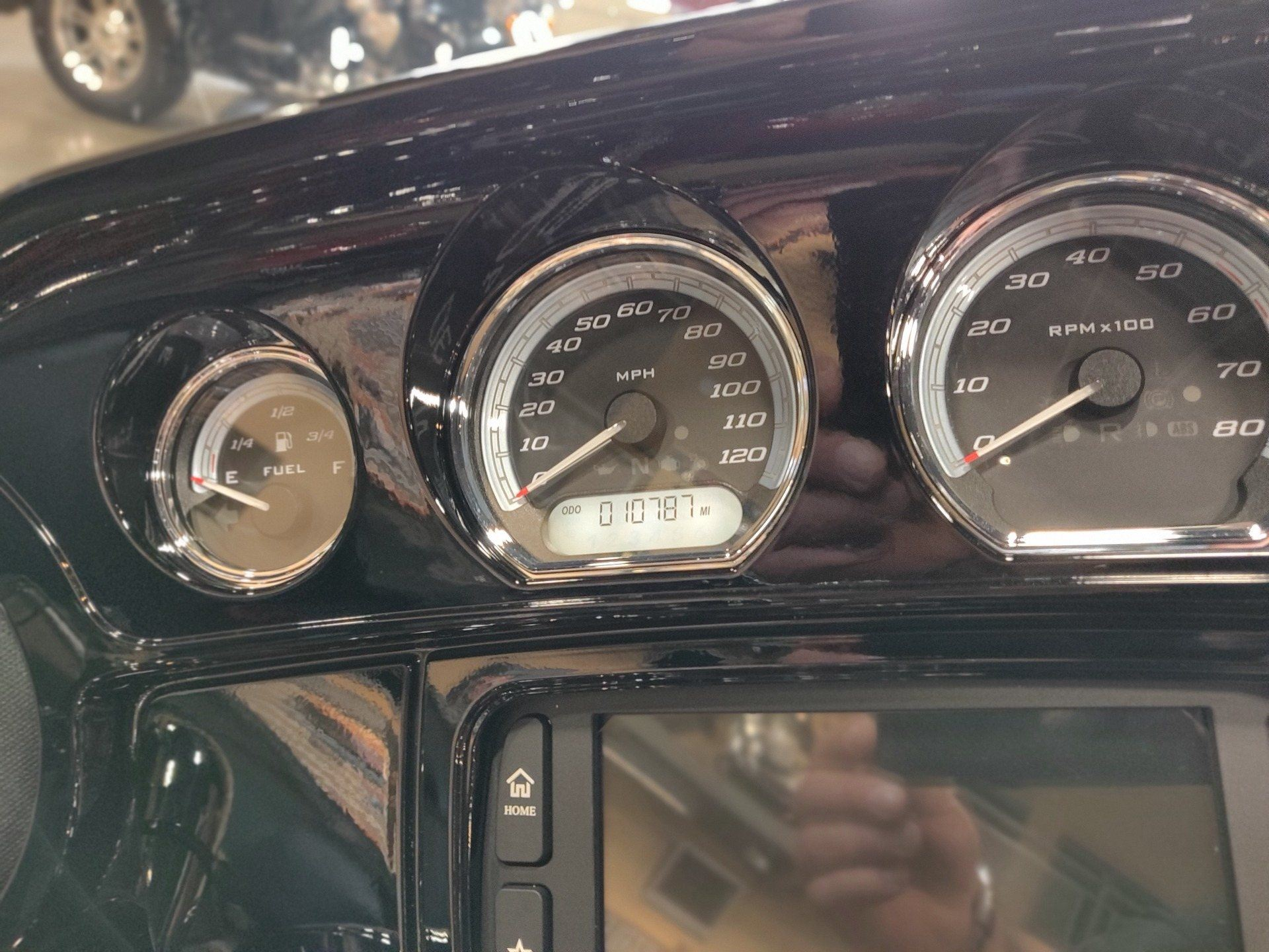 2018 Harley-Davidson Ultra Limited in Faribault, Minnesota - Photo 8