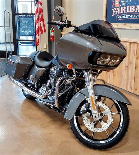2021 Harley-Davidson Road Glide® in Faribault, Minnesota - Photo 2