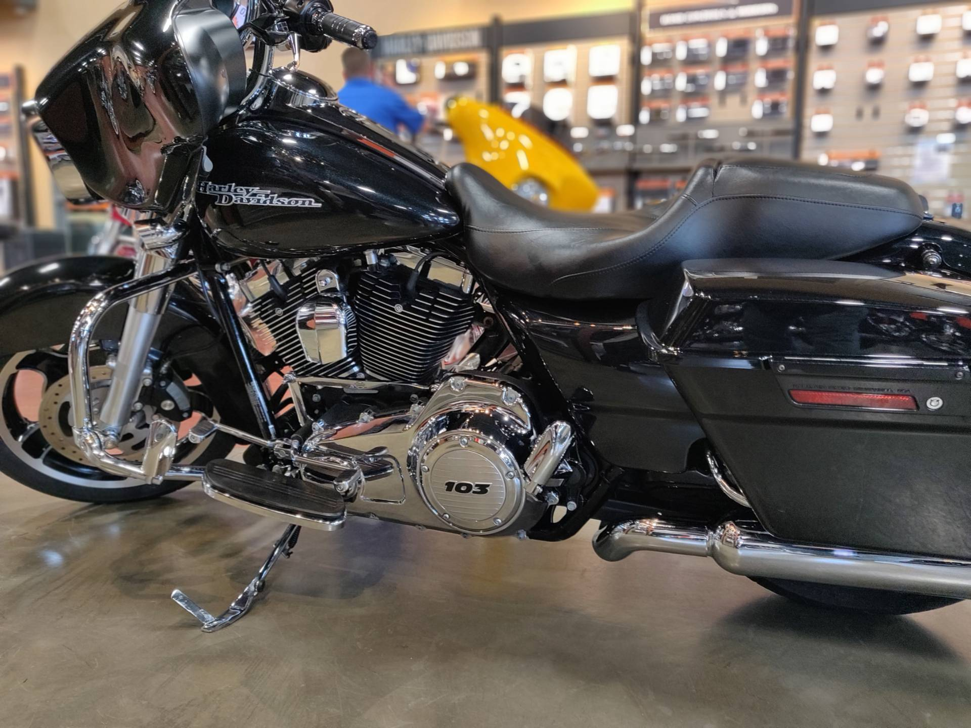 2013 Harley-Davidson Street Glide® in Faribault, Minnesota - Photo 2