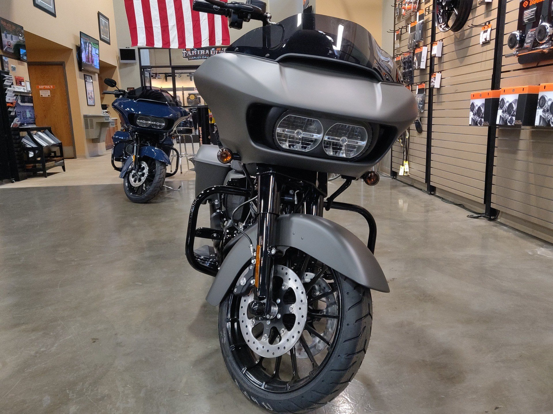 2019 Harley-Davidson Road Glide® Special in Faribault, Minnesota - Photo 4