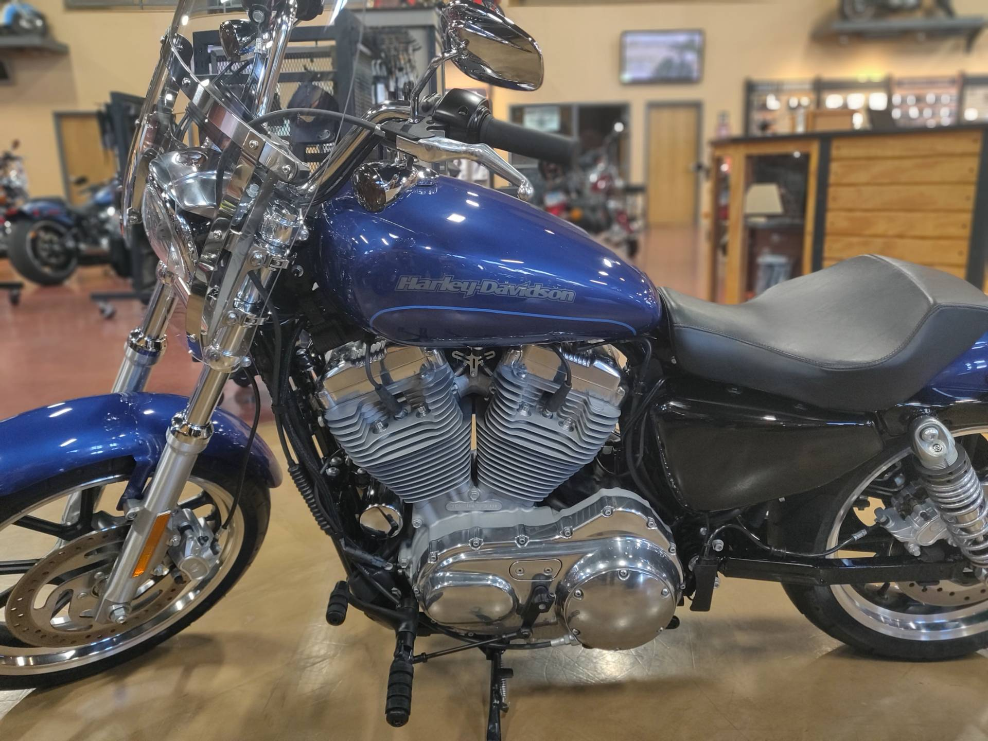 2017 Harley-Davidson Superlow® in Faribault, Minnesota - Photo 2