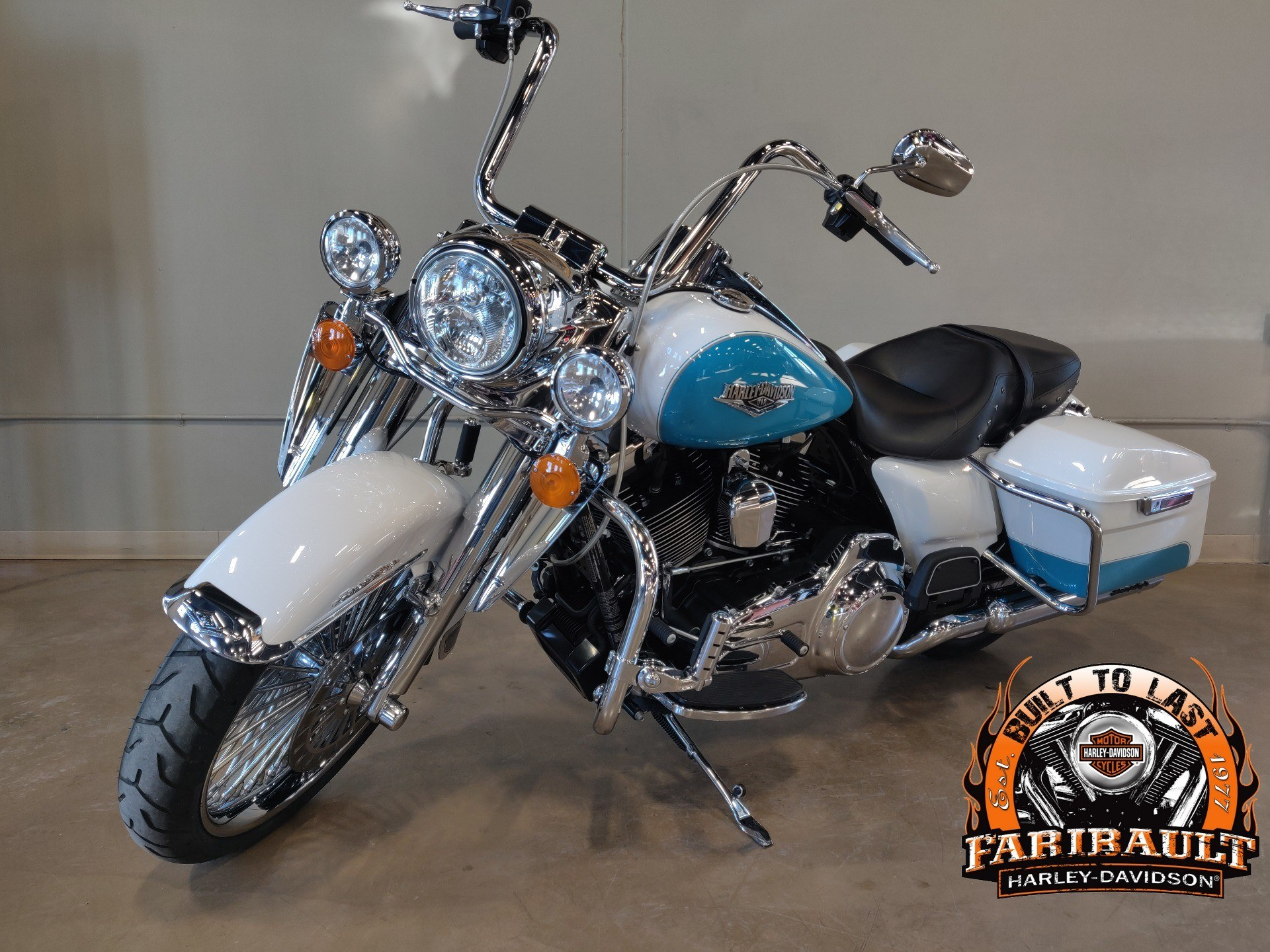 2016 Harley-Davidson Road King® in Faribault, Minnesota - Photo 2