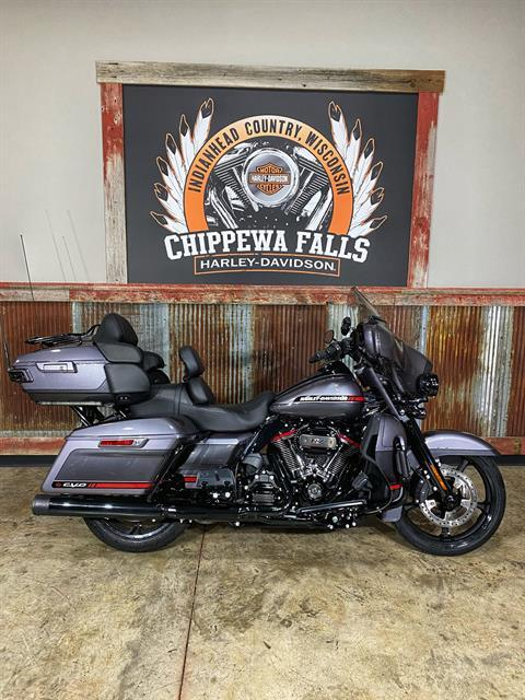 2020 Harley-Davidson CVO™ Limited in Chippewa Falls, Wisconsin - Photo 2