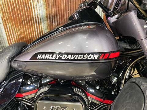 2020 Harley-Davidson CVO™ Limited in Chippewa Falls, Wisconsin - Photo 4
