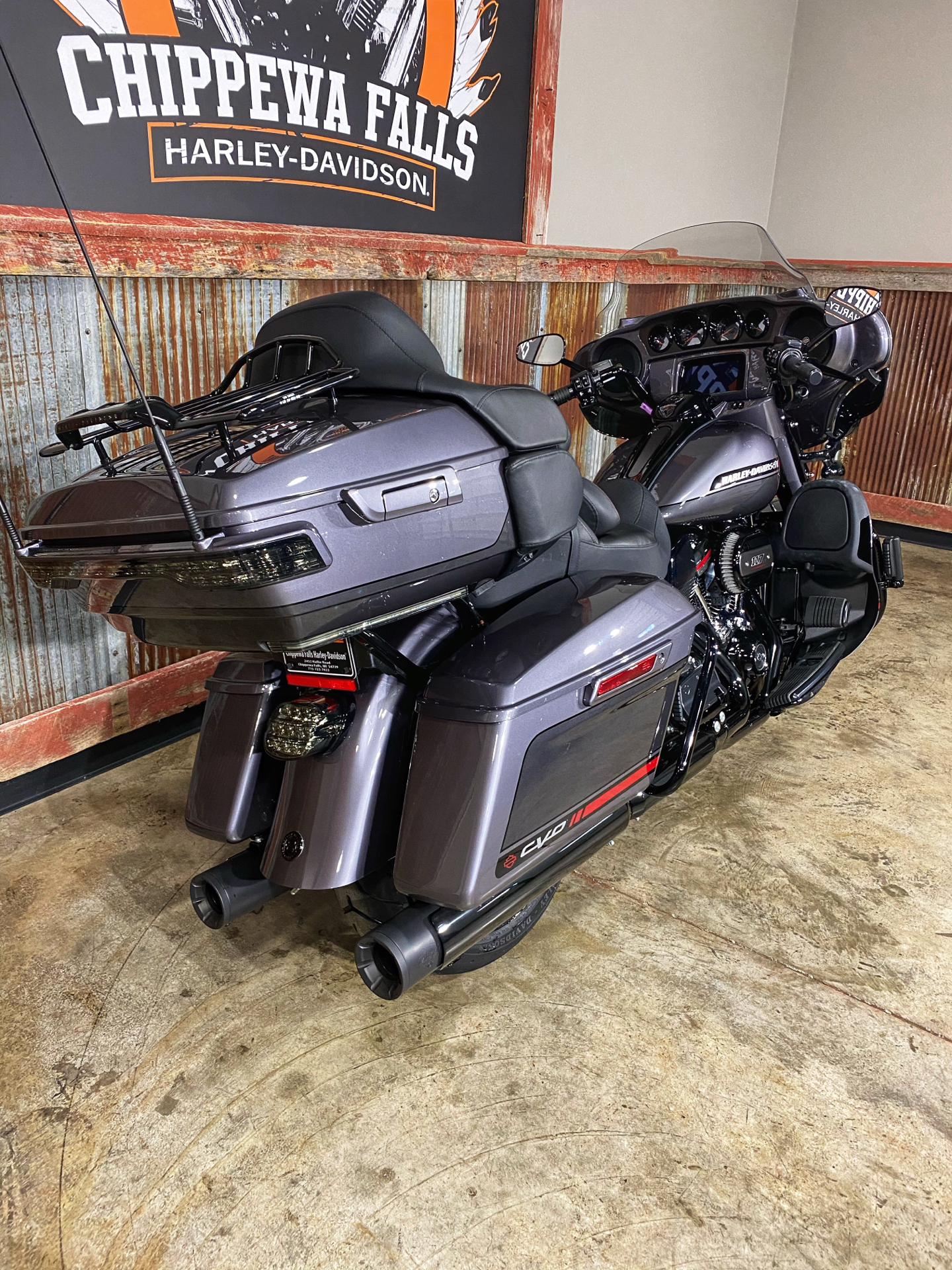 2020 Harley-Davidson CVO™ Limited in Chippewa Falls, Wisconsin - Photo 8