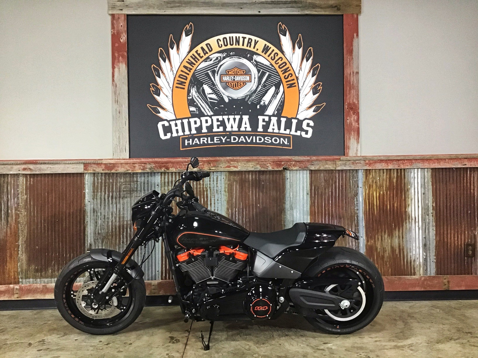 2019 Harley-Davidson FXDR™ 114 in Chippewa Falls, Wisconsin - Photo 17