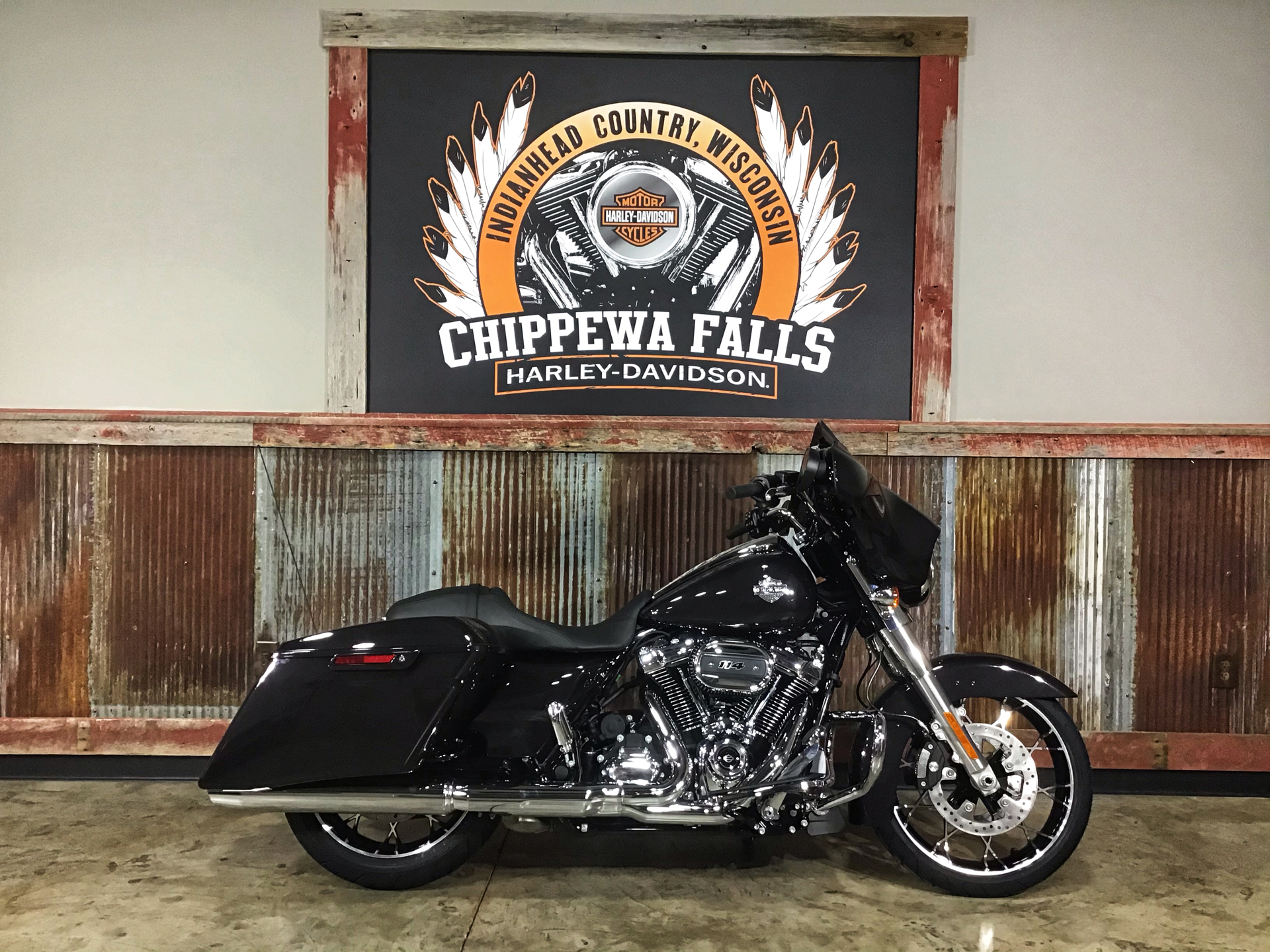 2021 Harley-Davidson Street Glide® Special in Chippewa Falls, Wisconsin - Photo 2