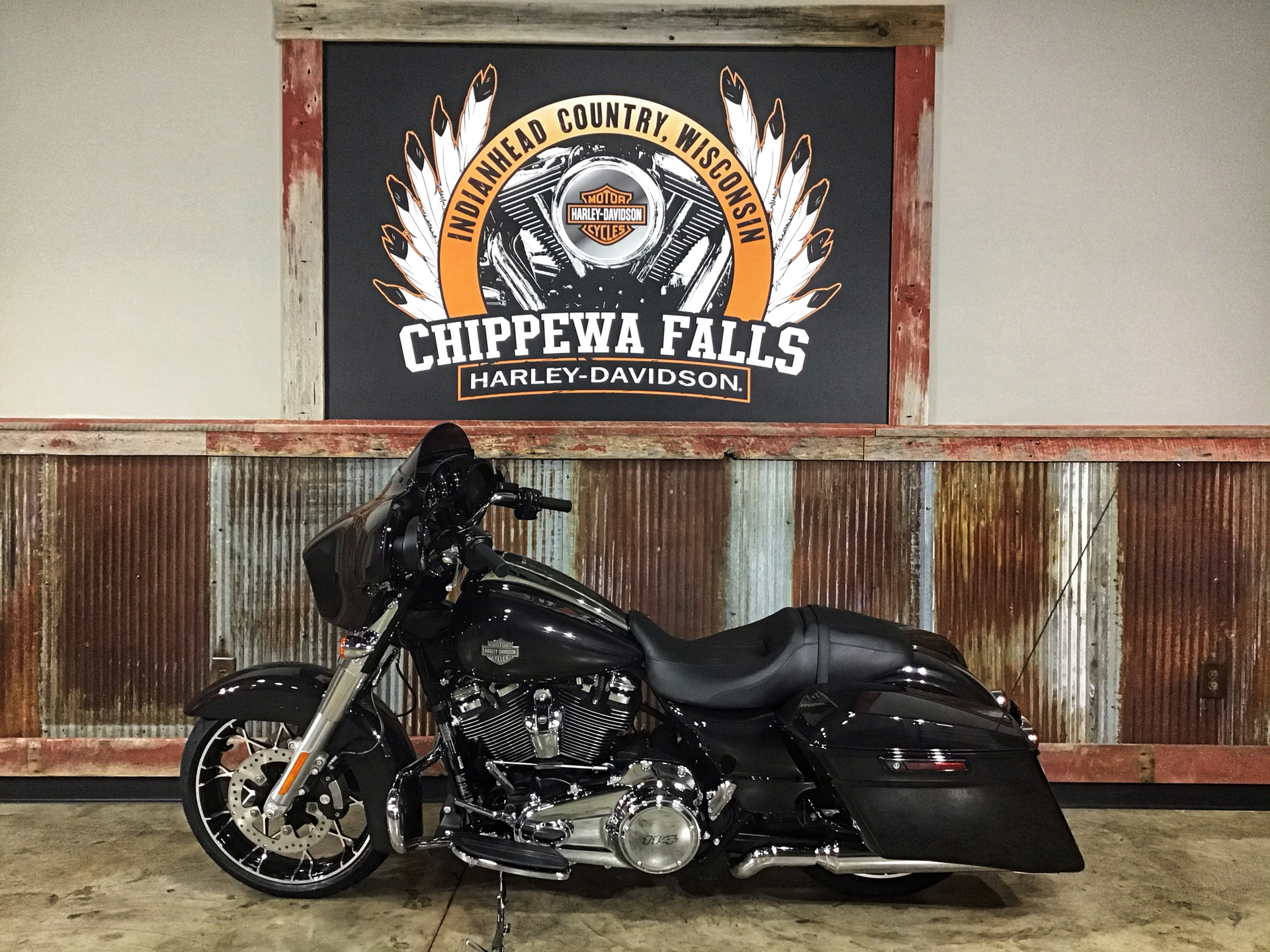 2021 Harley-Davidson Street Glide® Special in Chippewa Falls, Wisconsin - Photo 10
