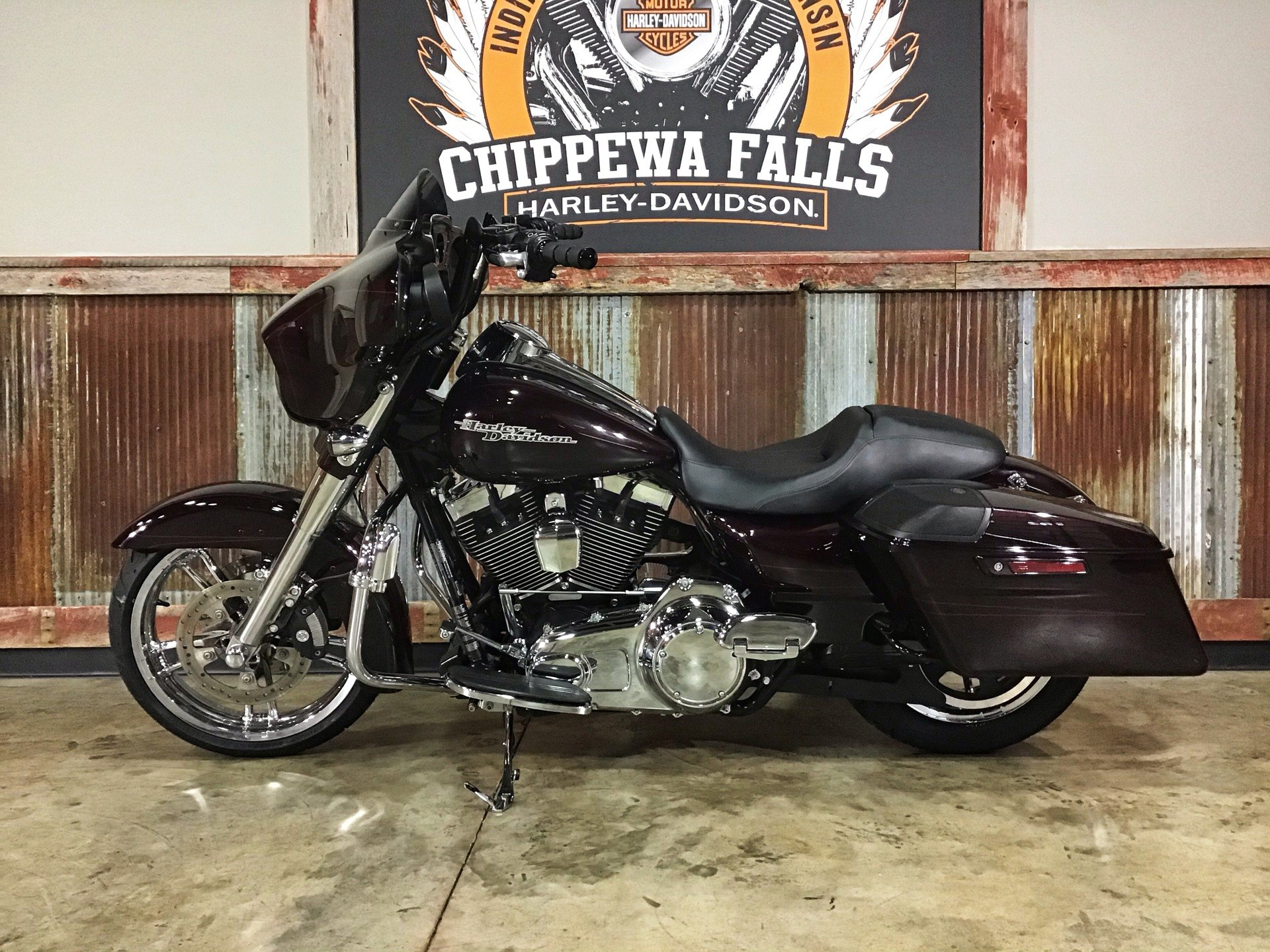 2014 Harley-Davidson Street Glide® Special in Chippewa Falls, Wisconsin - Photo 22