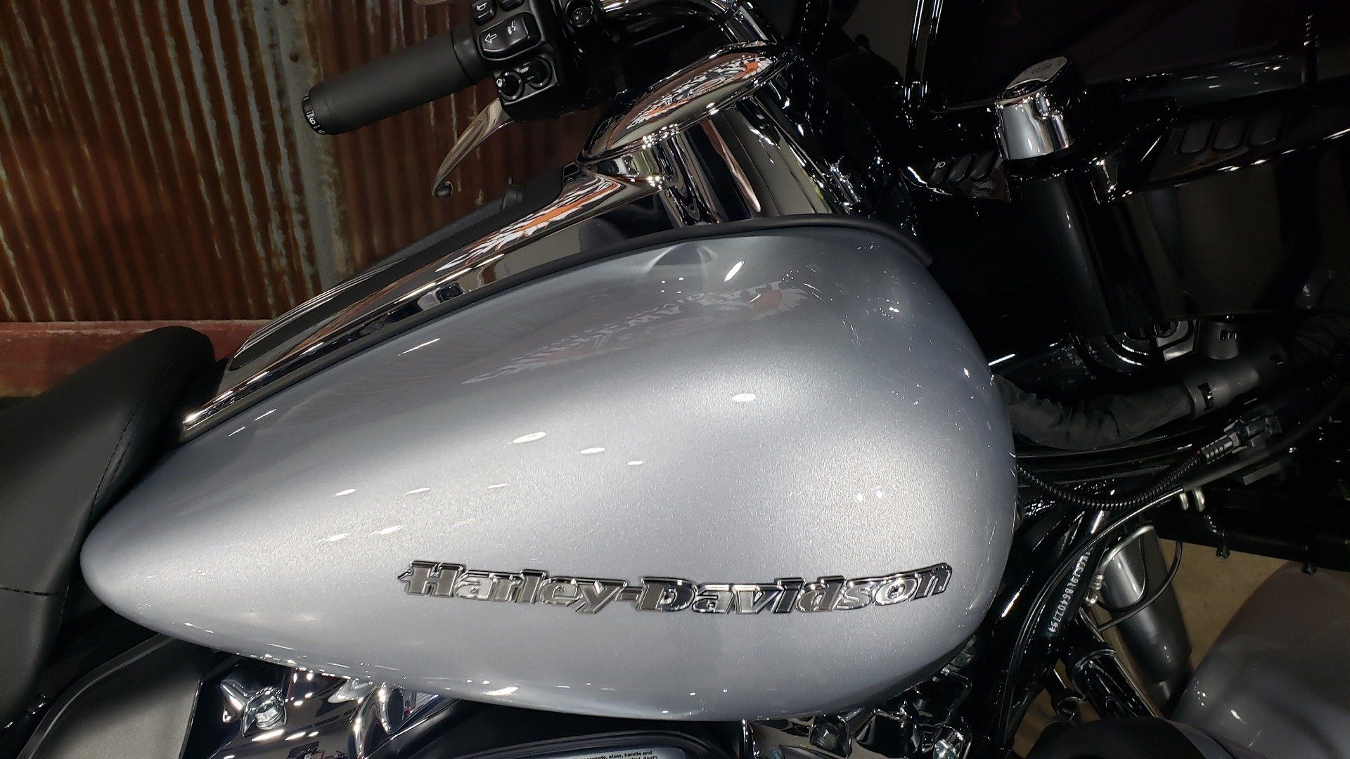 2020 Harley-Davidson Ultra Limited in Chippewa Falls, Wisconsin - Photo 6