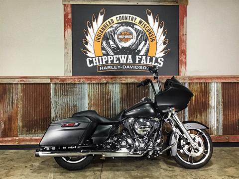 2016 Harley-Davidson Road Glide® in Chippewa Falls, Wisconsin - Photo 2