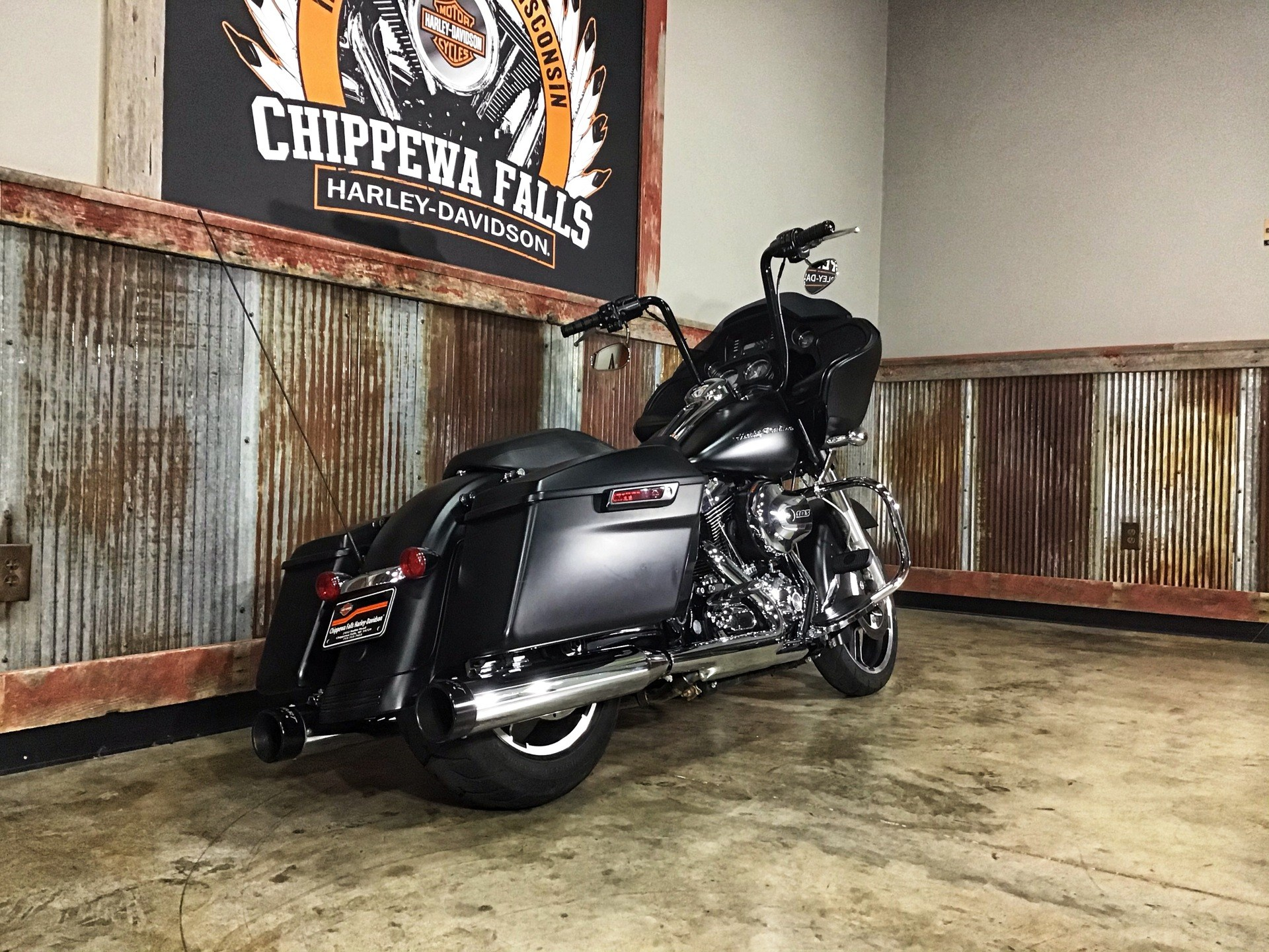 2016 Harley-Davidson Road Glide® in Chippewa Falls, Wisconsin - Photo 4