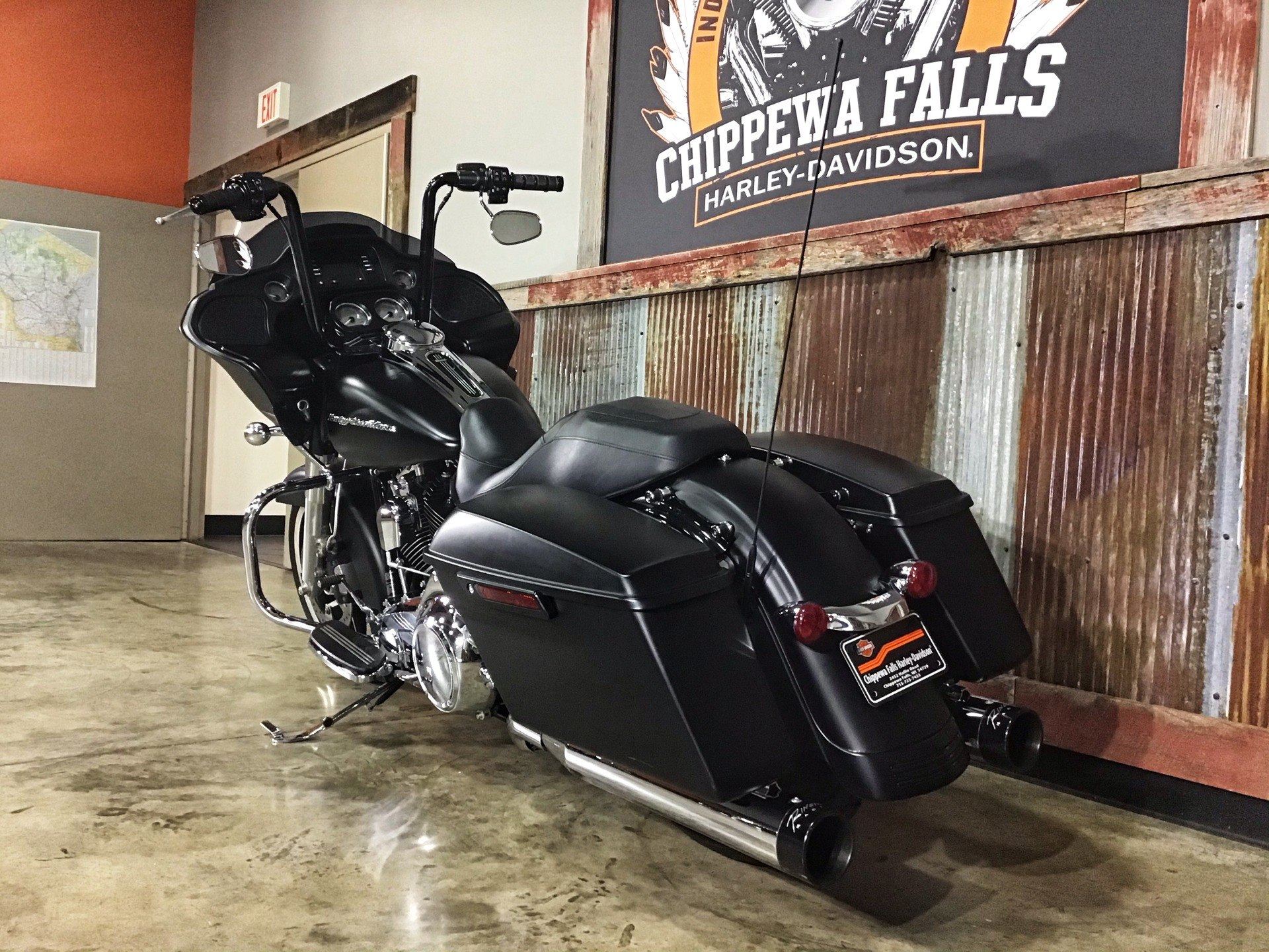 2016 Harley-Davidson Road Glide® in Chippewa Falls, Wisconsin - Photo 12